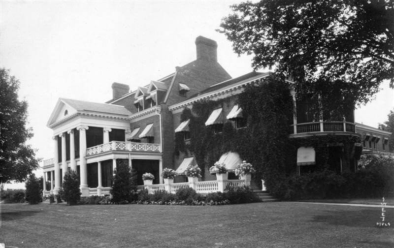 Peavy house in Highcroft, circa 1890.