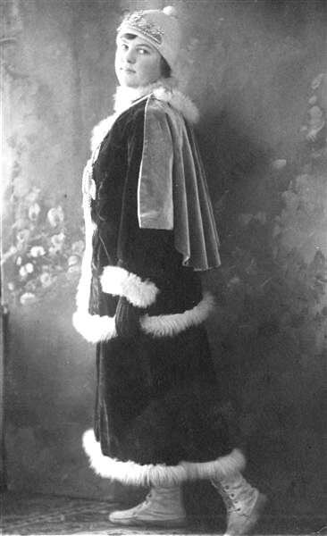 Winter Carnival Queen Marian Swaggert Quay in 1914