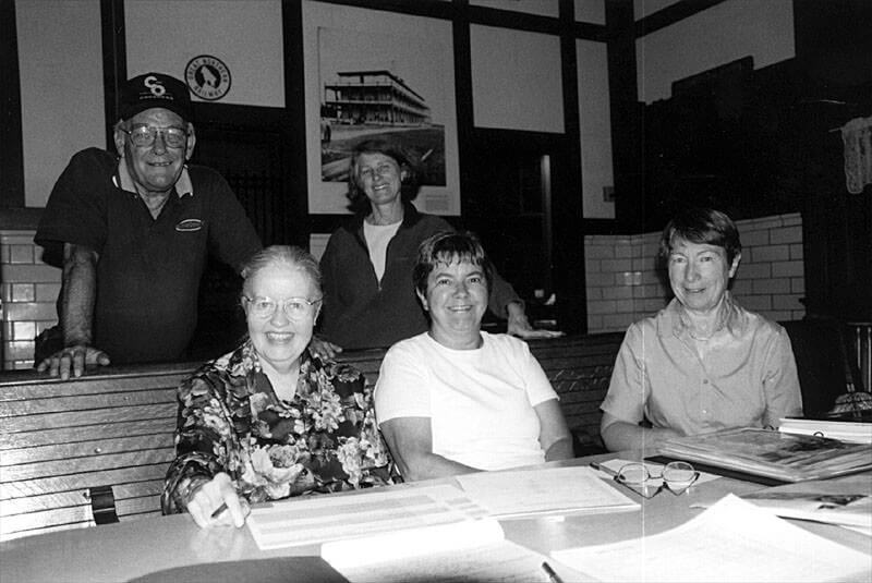Wayzata Historical Society Archive Committee - Terry Middlekauff, Kathie Doerr